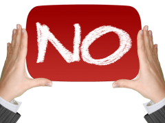 Можно ли отказаться от дарственной на квартиру (дом): основания и последствия