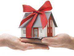 Как подарить долю в квартире близкому родственнику